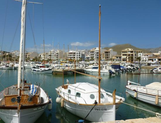 Stay Restaurant : Puerto Pollensa from the marina.