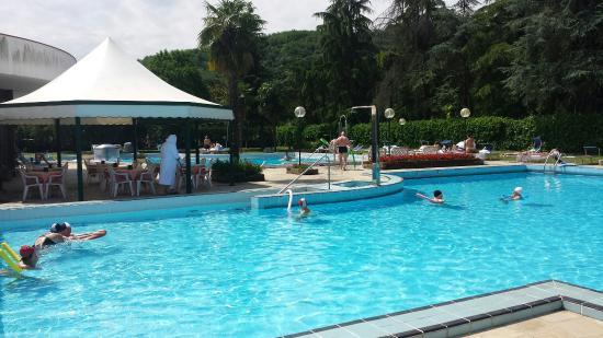 Hotel commodore terme montegrotto terme italia prezzi - Terme preistoriche montegrotto prezzi piscina ...