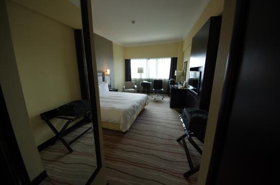 Grand Park Kunming : Room view taken from front door.