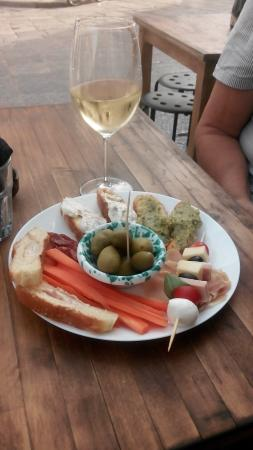 Monique Bar: Chilled wine and this plate eur 7