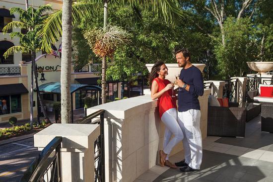 Inn on Fifth: Club Level balcony
