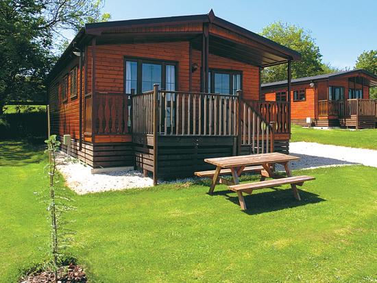 ‪‪St. Tinney Farm Holidays‬: Three bedroom Valley Lodge‬