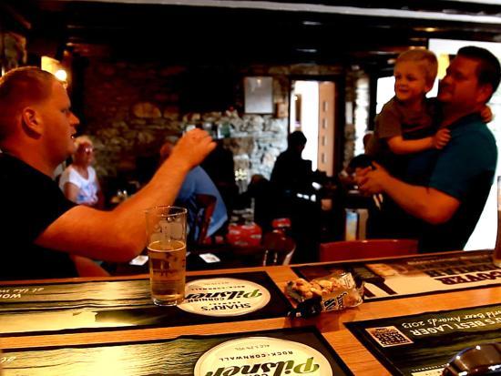 Otterham, UK: St. Tinney Arms on site Bar & Restaurant