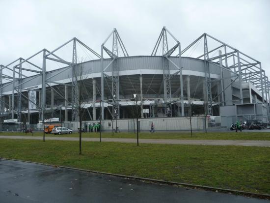 Borussia-Park: Outside
