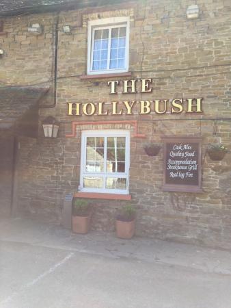 The Hollybush Inn and Restaurant : photo0.jpg
