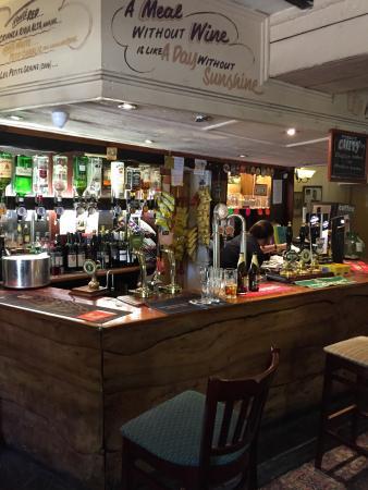 The Hollybush Inn and Restaurant : photo1.jpg