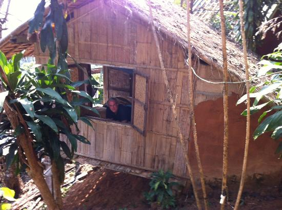 Akha Hill House: Typical cabin