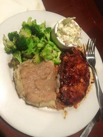 Bbq chick\'n with sauteed broccoli - Picture of Ethos Vegan Kitchen ...