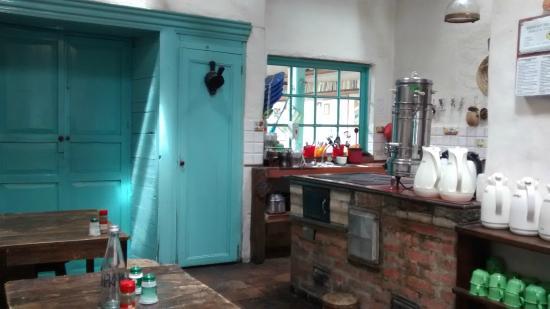 Anandamayi Hostel: Cozinha