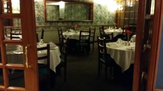 Chico Imperial Suites: Restaurante