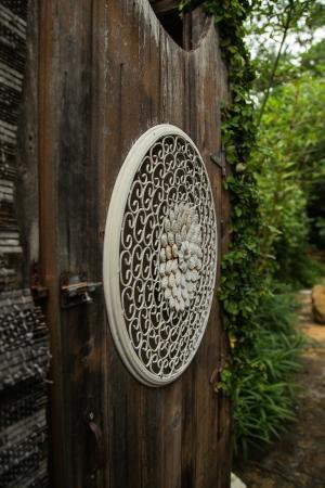 Park Lane Guest House: Outdoor shower door