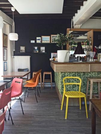 Le Cafe Perdu