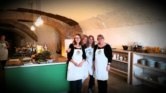 Il Ghiottone Umbro: Cooking school - so much fun!
