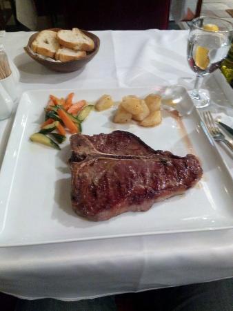 Fish House: T bone steak