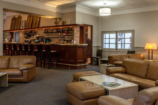 restaurant golf de domont bar - Golf De Domont Mariage