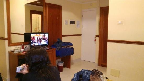 Hotel Virgilio: Habitación triple.
