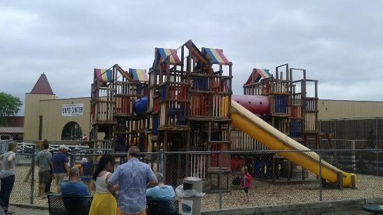 Canterbury Park : Fun play area for the kids