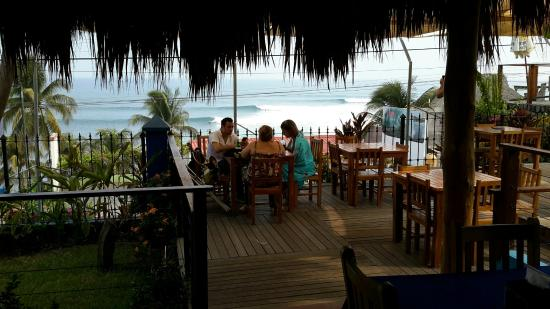 Kayu Resort: View of sets from dining area