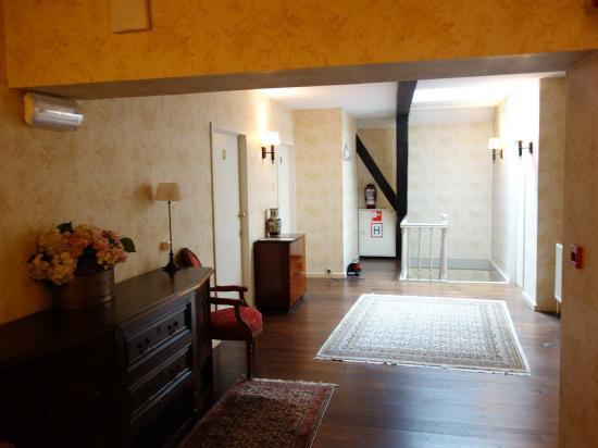 Hotel Patritius: Rm 32 hallway