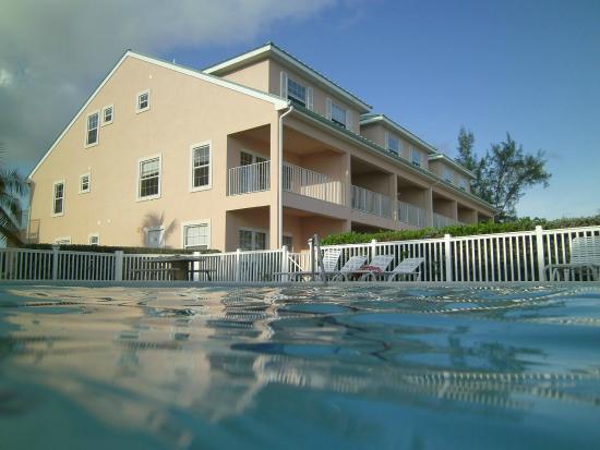 Carib Sands Beach Resort: Carib Sands pool