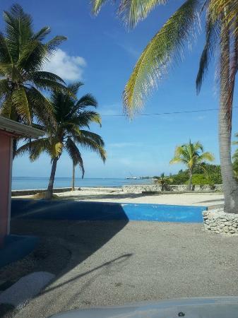 Carib Sands Beach Resort: Gorgeous Cayman Brac View