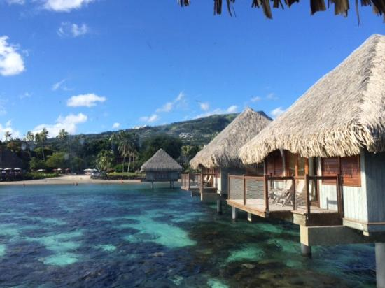 Le Meridien Tahiti: side view from over water bungalow
