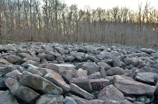 Ringing Rocks Lication
