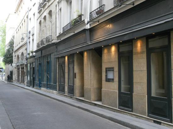 restaurant l 39 initial 9 rue de bi vre 75005 paris bild fr n restaurant l 39 initial paris. Black Bedroom Furniture Sets. Home Design Ideas