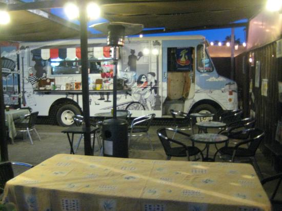 Le Pinche Francés: The truck and dining patio