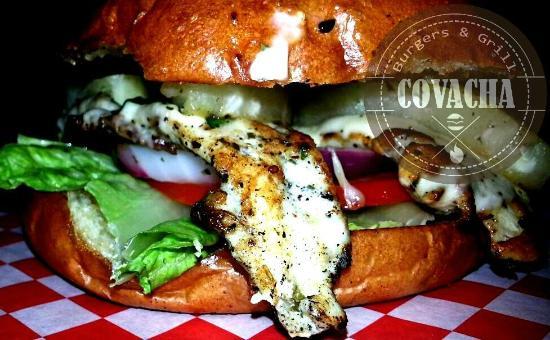 Covacha Burgers & Grill