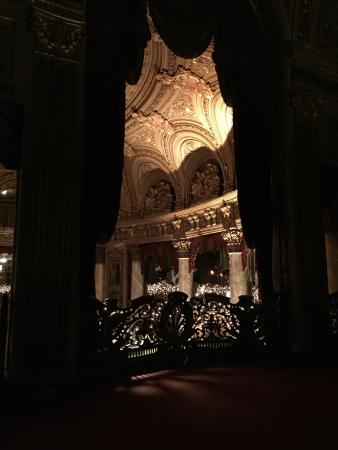 The Landmark Loew's Jersey Theatre: What a wonderful place for a wedding!