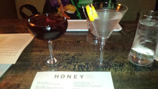 HONEY Restaurant: Red Sangria and a Vodka Martini
