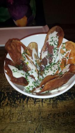 HONEY Restaurant: Homemade Potato Chips with WhiteTruffle Oil
