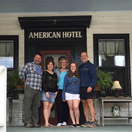 The American Hotel : Group Shot with Doug and Garth