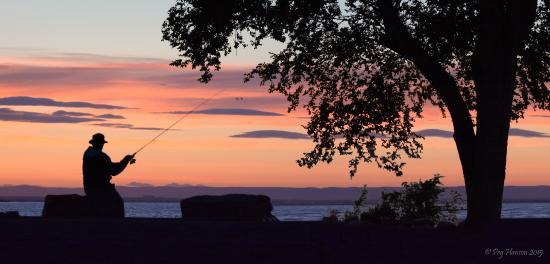 MarDon Resort: Sunset fishing
