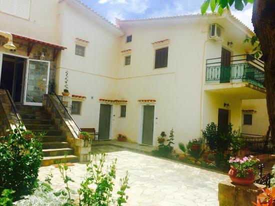 Villa Kosta Hotel & Apart