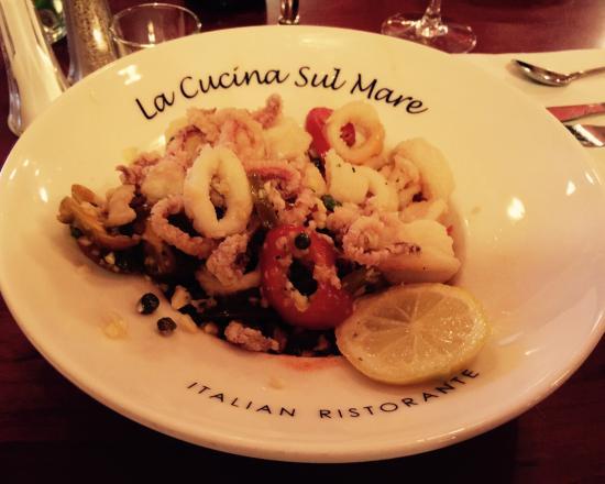 La Cucina Sul Mare: Spicy Pan Tossed Calamari: lightly floured pan fried calamari with garlic, cherry peppers, caper