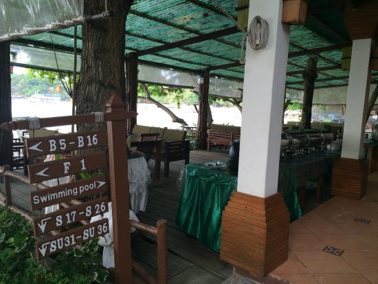 Samed Cabana Resort: Breakfast area / Restaurant