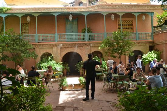 Majorelle restaurant picture of jardin majorelle for Restaurant jardin marrakech