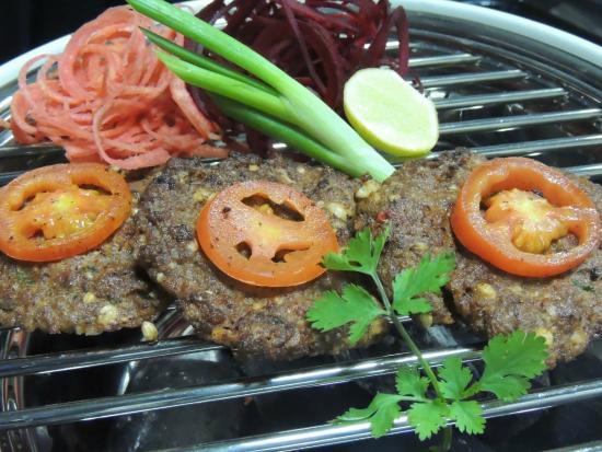 Chapli kebeb picture of spice art new delhi tripadvisor for Arjun appadurai how to make a national cuisine