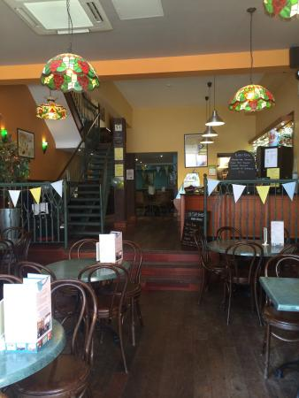 restaurants le cafe jardin in scarborough with cuisine