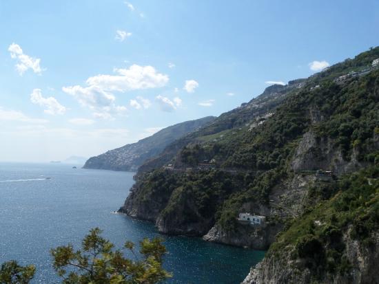 Albachiara B&B: Uitzicht vanaf het terras