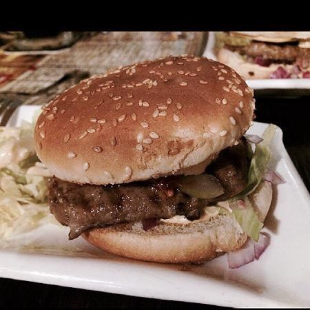 FBB - FRESH BURGER BAR & GERMAN BBQ