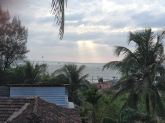 William's Guest House: sunset