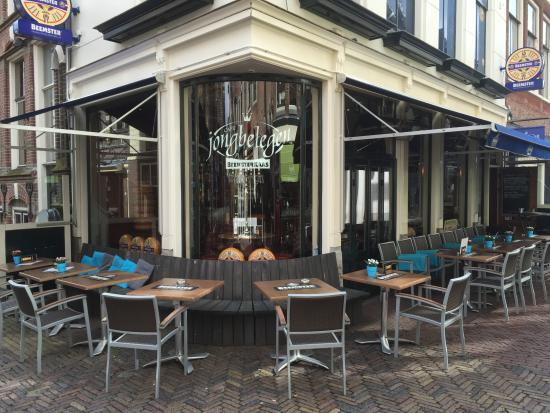 Cafe Jong Belegen