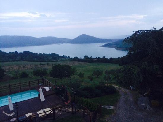 Agriturismo Le Ceregne: Un posto fantastico immerso nella natura si mangia specialità del posto , la pace e la tranquill