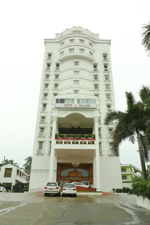 Joys Palace