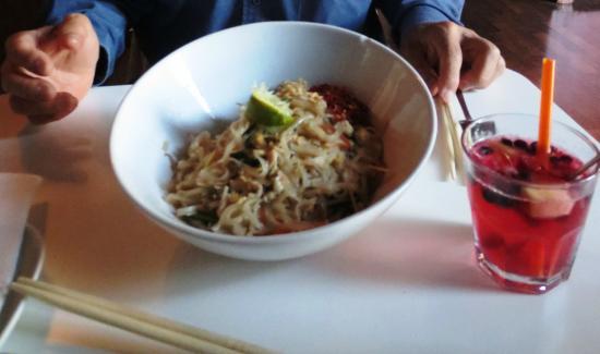 Yamyam - Thai Food & Cafe