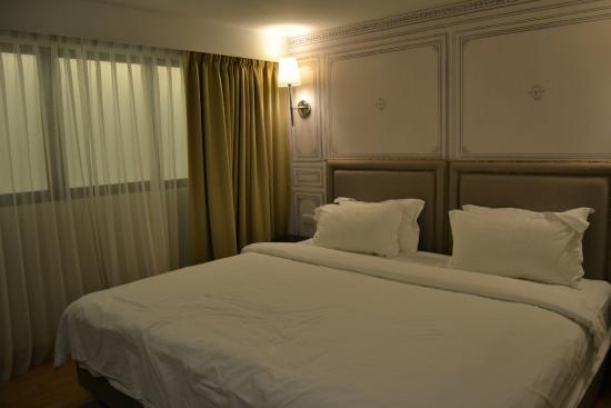 chambre sans fen tre picture of thee bangkok hotel bangkok tripadvisor. Black Bedroom Furniture Sets. Home Design Ideas