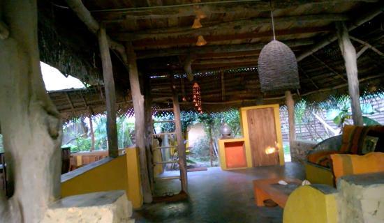 Kumbura Eco Lodge : Wohnzimmer im Freien